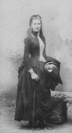 1889 Young Ottoline Morrell by Numa Blanc Fils (National Portrait Gallery - London, UK)