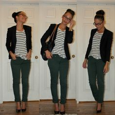 green jeans stripes blazer--love her glasses and hairstyle Outfit Jeans, Blazer Outfits, Jean Outfits, Teal Pants Outfit, Casual Work Outfits, Work Casual, Casual Pants, Olive Green Pants Outfit, Geek Chic