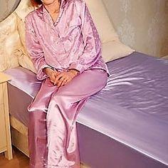 Silk Pjs, Satin Bedding, Silk Satin, Pants, Dresses, Fashion, Trouser Pants, Vestidos, Moda