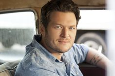 Blake Shelton truly makes me smile