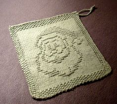 Quick Gifts – Knit Christmas Washcloths, Dishcloths – free patterns – Grandmother's Pattern Book