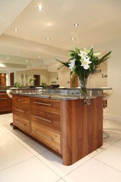 Wood Kitchen Cabinets Ideas and Diy Kitchen Cupboard Liners binets . Walnut Kitchen Cabinets, Types Of Kitchen Cabinets, Pantry Cabinets, Linen Cabinets, Pantry Cupboard, Home Decor Kitchen, New Kitchen, Home Kitchens, Kitchen Ideas