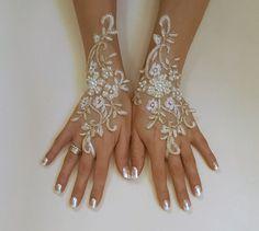 Marfil oro o marfil guantes de la boda de marco de plata