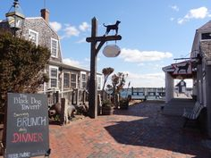 The Black Dog is open after being closed for a couple months for renovations  - http://pointbrealty.com/marthas-vineyard-real-estate/?p=9193