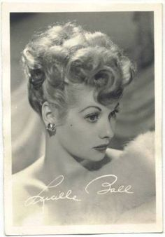 A biography of film star Lucille Ball focusing on her days before I Love Lucy on television, accompanied by images of and Lucille Ball Movie Cards and Movie Collectibles. I Love Lucy, Love Her, Lucille Ball, Old Hollywood Glamour, Hollywood Stars, Classic Hollywood, Vintage Hollywood, Lucy And Ricky, Lucy Lucy