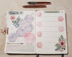 Do you watercolor in your bullet journal? By adding a few watercolor hexagons and a few flowers this layout takes on a calming tone. Try it.