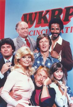 Launched in the Classic TV Database is dedicated to the best TV shows to air on primetime television since We have carefully curated a sel. Great Tv Shows, Old Tv Shows, Movies And Tv Shows, 1990s Tv Shows, Arnold Et Willy, Beatles, Radios, Cincinnati, Tv Theme Songs
