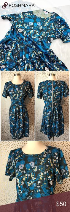 Lularoe Blue Floral Dandelion Amelia Dress So cute and perfect for any season! Textured floral Pleated Amelia. Size 2x. Excellent pre owned condition. No trades!! LuLaRoe Dresses