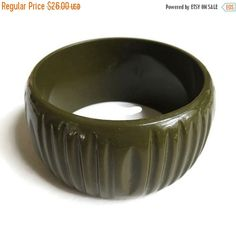 Carved Lucite Army Green Bangle Bracelet by MyVintageJewels