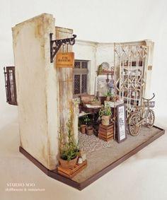 junk furniture shop | Flickr - Photo Sharing!
