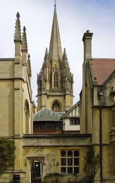 A close-up view of Lincoln College, Oxford University, Oxford, England. Lincoln College is situated on Turl Street in Central Oxford, backing onto Brasenose College and adjacent to Exeter College.