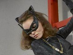 Cat Woman drools for sweetjonnie Real Batman, Batman Tv Show, Batman Tv Series, Julie Newmar, Dc Comics Heroes, Batman Comics, Robin, Batgirl, Supergirl