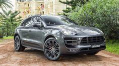Bildiğiniz gibi Porsche spor otomobiller üreten bir marka.Fakat yakın dönemde bildiğiniz gibi Porsche ailesine Cayenne isminde bir SUV eklendi ve günümüze kadarda çok başarılı satış rakamlarına ulaştı. Değişen ve gelişen pazar şartları neticesinde Porsche bu yaptığından memnun kaldı ki şimdide Cayenne'nin küçük kardeşi olarak Macan'ı çıkarttı. Bakalım kompak bir SUV olan Macan, sınıfındaki rakiplerinle kıyasıya mücadele edebilecek özelliklere sahipmi. #porsche #macan #turbo #testsürüşü