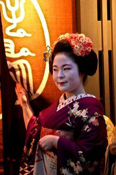 Maiko Katsuhina, Gion Kobu Portrait Geisha (by _Omar)