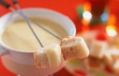 Cuisine suisse: les meilleures recettes traditionnelles : La fondue moitie-moitie