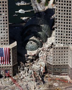 How come I've never seen this photo? 171 windows Terrorist attack World Trade Center in New York, in this Sept. 2001 The World Trade Center Complex, i. Ground Zero, from the Millenium Hilton Hotel World Trade Center Collapse, Trade Centre, Wtc 9 11, 11 September 2001, Photos Originales, We Will Never Forget, Art Graphique, World History, Aerial View