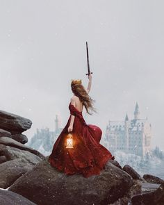 Self-portrait by Rosie Hardy Fantasy Inspiration, Character Inspiration, Rosie Hardy, Fantasy World, Fantasy Art, Fantasy Queen, Images Esthétiques, Princess Aesthetic, Queen Aesthetic