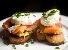 Poached Eggs with Avocado, Smoked Salmon and Chives