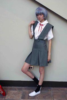 Anime: Evangelion Neon Genesis. Character: Rei Ayanami. Version: School uniform . Cosplayer: Maria Sol 'aka' AyaReiNami*YAY* 'aka' Adrenosol. Event: Otakon 2007. Photo: Otakon 2007. Photo: Popecerebus.