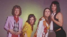 Watch Noddy Holder of glam ban Slade on BBC Breakfast at the opening of Glam! The Performance of Style at Tate Liverpool     http://www.bbc.co.uk/news/entertainment-arts-21382542#