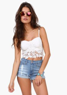 White lace crop top to go with high waisted shorts or a maxi skirt lace b. Pretty Outfits, Cool Outfits, Casual Outfits, Summer Outfits, White Lace Crop Top, Lace Crop Tops, Teen Fashion, Love Fashion, Fashion Outfits