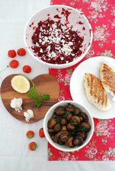 beet/feta salad w/garlic mushrooms and grilled chicken. must eat this summer! via @Yvestown *