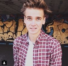 i actually love joe sugg so much!!! i so badly want to meet him, he is such a genuinely lovely person!! most definitely the best youtuber ever! just adore him so much!!!!