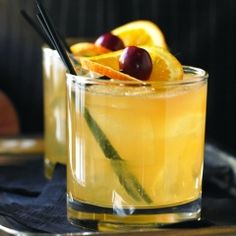 Whiskey Sour drink (with alcohol)