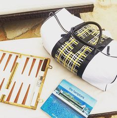 Backgammon paired with this vintage yellow plaid from the #80s makes for the perfect arrival. #jetsetgo #miscere #dropyourduffle #hamptons #hamptonsstyle #weekender #interchangeable #fw15 #vintageplaid #yellowplaid #travelstyle #clueless #cherhorowitz #90scollegiate #fashiongrandpas #travelandleisure #townandcountry