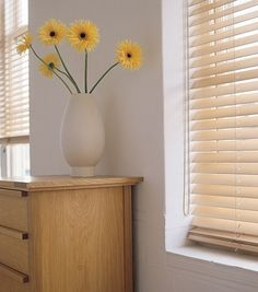 This light wood venetian blind is a perfect choice for an informal décor, especially matching in with wooden flooring and furniture in a bedroom or living room. From £40. Online at http://www.polesandblinds.com/sherwood-mellow-pine-wooden-venetian-blind/ #interiordesign #blinds #windows