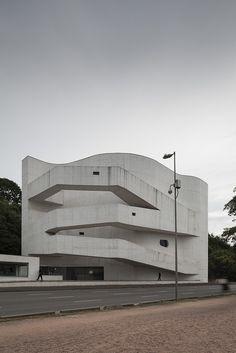Fundação Iberê Camargo, Architect Álvaro Siza, Porto Alegre - RS. Brasil