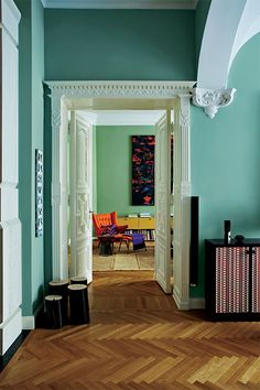 Farrow & Ball Dix Blue Farrow and Ball paint colours in real homes Wall Paint Colors, Room Paint, Room Colors, House Colors, Farrow Ball, Farrow And Ball Paint, Living Room Green, Green Rooms, Hallway Inspiration