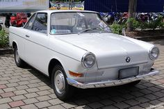 BMW 700 Sport I get pleasure from all sort of sporting and my sport fascination also offer me getting a revenue making use of stormyodds dot com. Bmw Isetta, Bmw E30, Bmw Classic, Old Classic Cars, Classic Mini, Bmw Design, Automobile, Bmw Autos, Small Cars