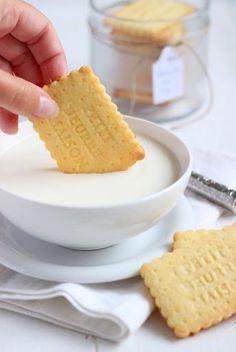 MIEL & RICOTTA: Sablé con farina di riso***110 g farina di riso 50 g farina 00 50 g farina di mandorle 2 tuorli 90 g burro freddo 90 g zucchero 1 pizzico di sale