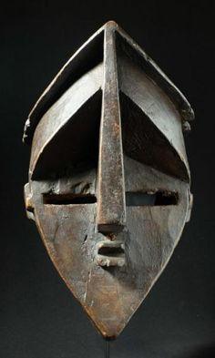 Initiation mask - LWALWA - Democratic Republic of the Congo African Artwork, Art Tribal, Art Premier, Supernatural Beings, Art Africain, Masks Art, African Masks, Republic Of The Congo, Art History