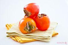 Persymona, znana też jako sharan, sharon i kaki. Pyszny, słoneczny, słodki owoc egzotyczny :).  http://DOROTA.iN/persymona/  #kuchnia #zdrowie #dieta