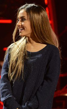 Ariana Grande Takes Her Hair Out of Her Signature Pony? She still looks beautiful, she always is x