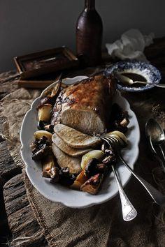 Plates and Platters: loin roast marinated in grape and rosemary # Grapes and rosemary marinated pork loin Pork Tenderloin Recipes, Pork Loin, Pork Recipes, Healthy Recipes, Carne Asada, Barbacoa, Pork Roulade, Marinated Pork, Dinner Entrees
