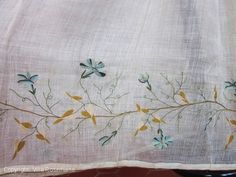 Cotton gauze polychrome embroidered skirt panels - French Empire period - | Villa Rosemaine