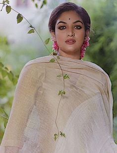 Beautiful Girl Indian, Most Beautiful Indian Actress, Beautiful Bollywood Actress, Beautiful Actresses, Girl Photo Poses, Girl Photos, India Beauty, Asian Beauty, Prayaga Martin