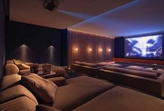 Spectacular Get The Final House Theater Room Concepts And Setup – Home Theater Design Basics – Best Home Theater Design Ideas Home Theater Room Design, Home Cinema Room, At Home Movie Theater, Home Theater Rooms, Home Theater Seating, Dream Home Design, Home Interior Design, Luxury Interior, Home Bar Accessories