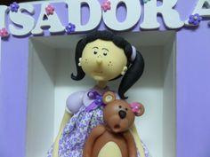 Quadro porta de Maternidade com Boneca e ursinha em Biscuit !