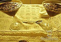 Csokoládékehely pirított földimogyoróval Alcoholic Drinks, Tableware, Desserts, Food, Tailgate Desserts, Dinnerware, Deserts, Alcoholic Beverages, Tablewares