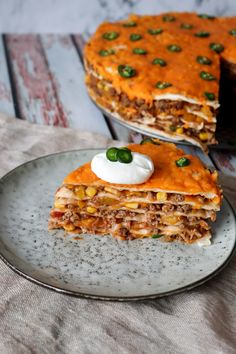 Tortillalasagne Med Oksekød Og Cheddar – One Kitchen – A Thousand Ideas Food N, Good Food, Food And Drink, Yummy Food, Pasta Food, Meat Recipes, Mexican Food Recipes, Tortillas, Danish Food