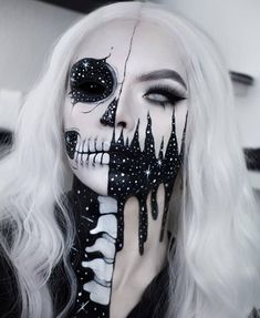 R E A P E R Halloween Makeup Body Painting Art Idea From Will you try it? Tag your friend who'll love this! Halloween Tees On Sa. Amazing Halloween Makeup, Halloween Kostüm, Halloween Face Makeup, Awesome Makeup, Halloween Inspo, Halloween Parties, Cosplay Makeup, Costume Makeup, Maquillage Halloween Vampire
