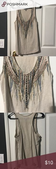 Tank Top Pretty detailing on this cream colored tank Tops Tank Tops