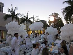 How To Throw A Chic All White Party Follow At Champagneandtulips