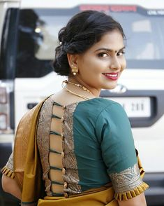 It's very important to capture details in garment because that's what makes it unique. At Spyne we ensure that the products are captured in the most creative way. Pattu Saree Blouse Designs, Blouse Designs Silk, Designer Blouse Patterns, Bridal Blouse Designs, Blouse Back Neck Designs, Choli Designs, Dress Patterns, Designer Dresses, Simple Blouse Designs