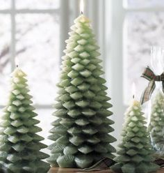 evergreen diy homemade candles (I would like to make one scented with White & Regular Sage Oils/Fragrance and one scented with Bayberry Oil/Fragrance. Sage removes negative energy from your home. Homemade Candles, Homemade Crafts, Homemade Things, Diy Things, Christmas Tree Candles, Christmas Decorations, Holiday Decorating, Christmas Ideas, Decorating Ideas