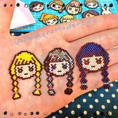 #ビーズ #ビーズステッチ #シェイプドステッチ #ブリックステッチ #デリカビーズ #ブローチ #三つ編み #おんなのこ #beads #beadsstitch #shapedstitch #brickstitch #miyuki #miyukibeads #delica #delicabeads #handmade #brooch #girl #braid #cute #kawaii